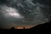 Das Dunkel der Nacht - Claudia Jung