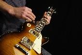 Gitarren klingen leise durch die Nacht - Jimmy Makulis